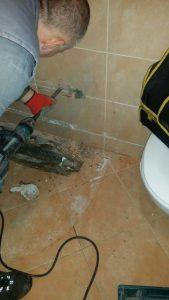 Vodoinstalater hitne intervencije